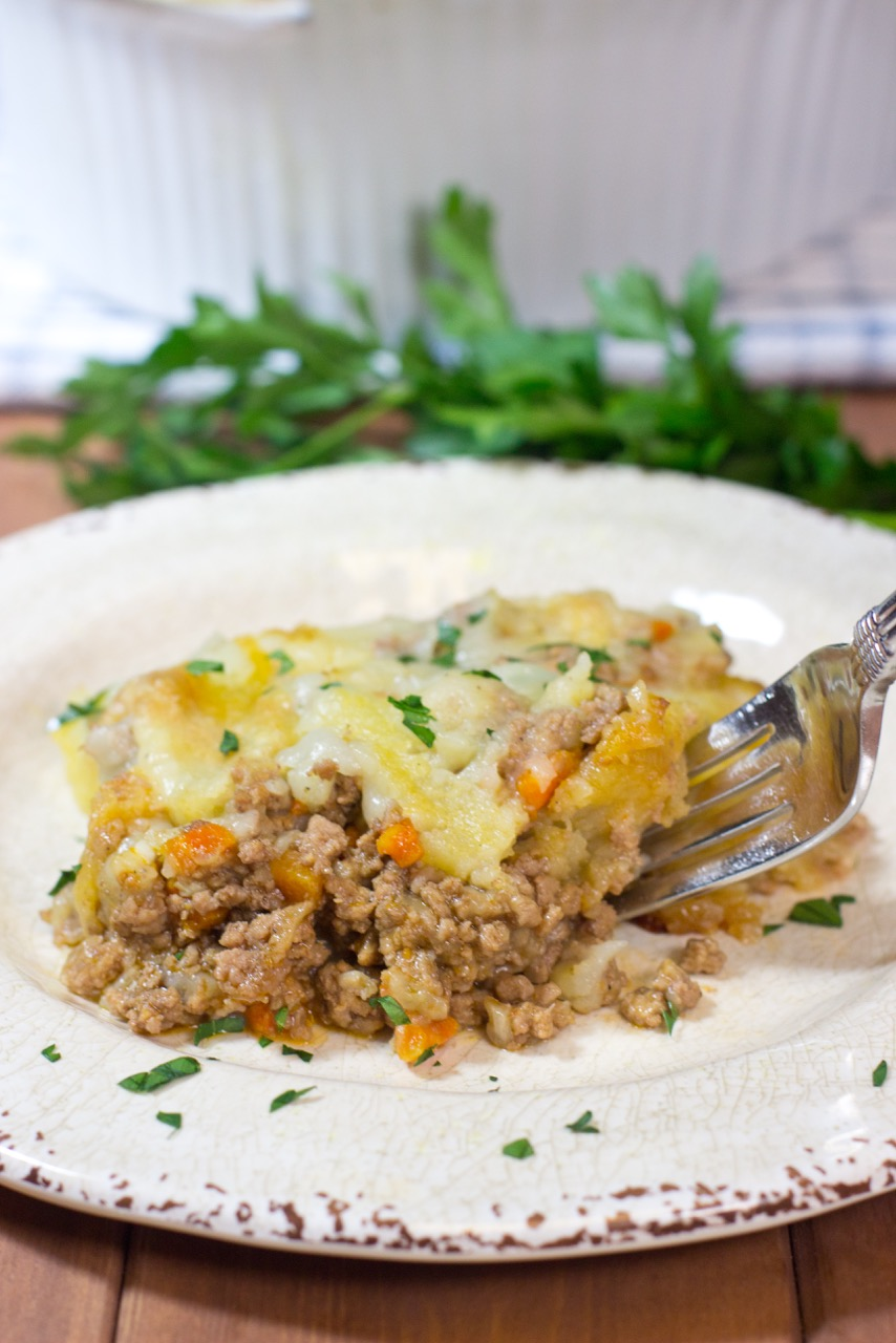 ABSOLUTELY DELICIOUS CLASSIC SHEPHERD'S PIE, paleo shepherd's pie, paleo, gluten free, lamb, creamy mashed potatoes, coconut milk