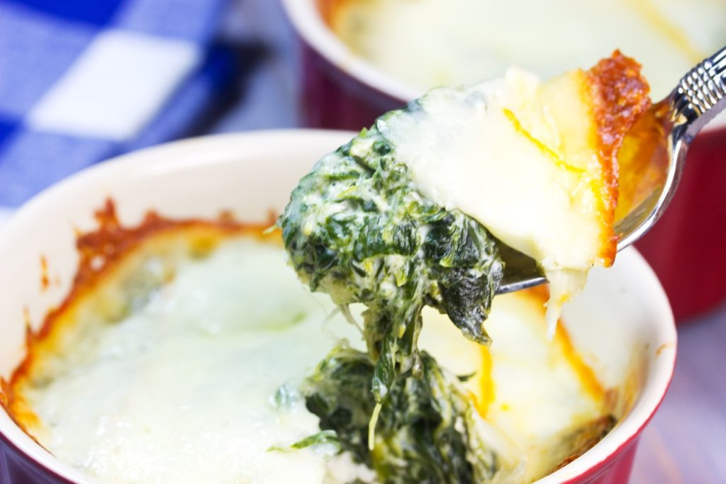 Learn how to make three-cheese mini spinach pies | Healthy Easy recipe | grain free crust | Cauliflower crust | Low-Carb