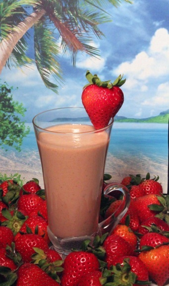 Vitamix Strawberry and Yogurt Smoothie