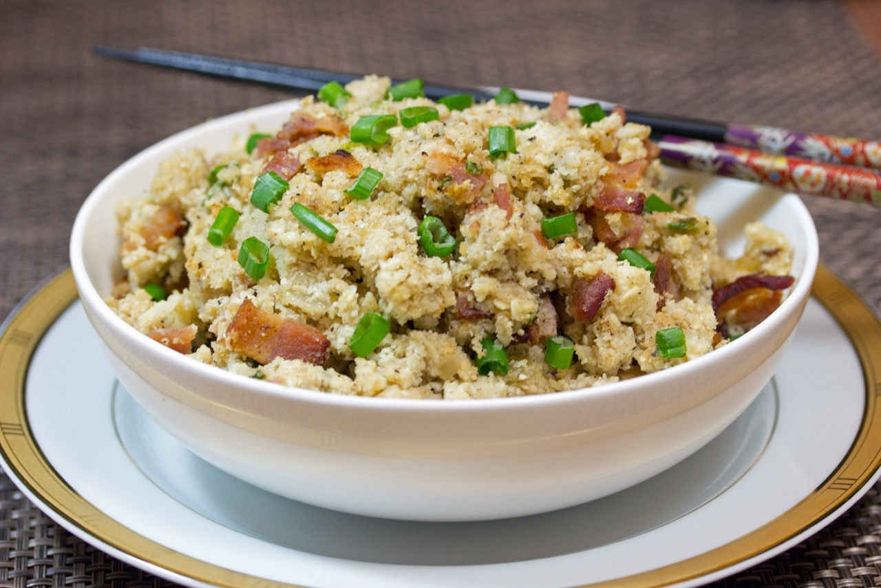 Seasoned Cauliflower Rice with Bacon