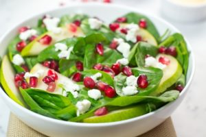 gluten free, paleo, spinach, salad, pomegranate, seeds, goat cheese