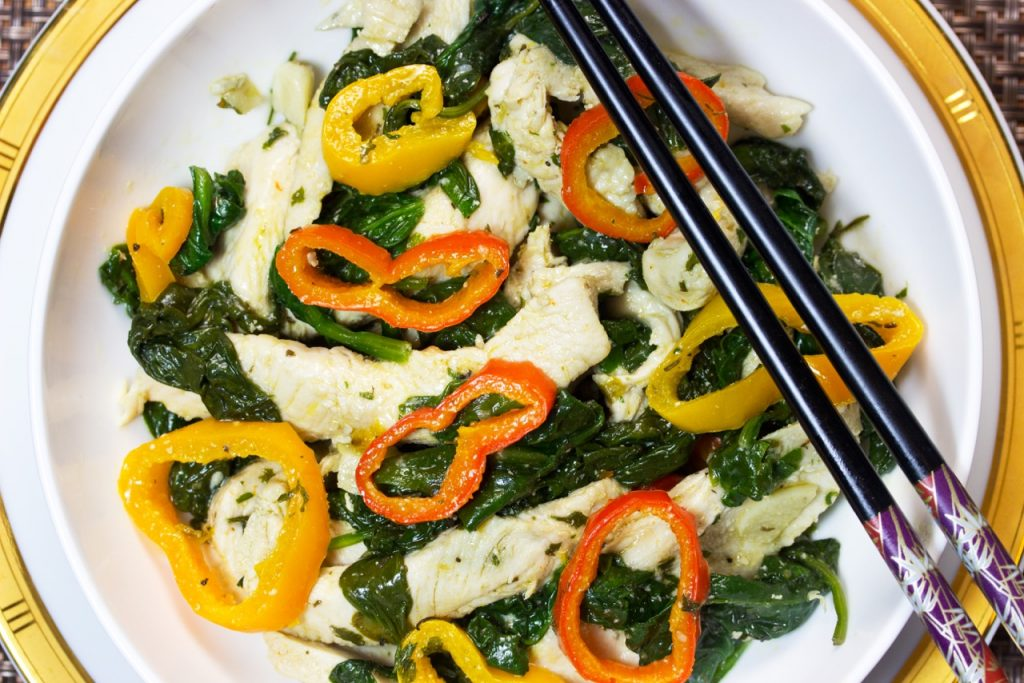 Easy Paleo Chicken With Baby Spinach And Mini Sweet Peppers